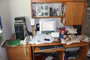 desk mess 1-1-14_2702