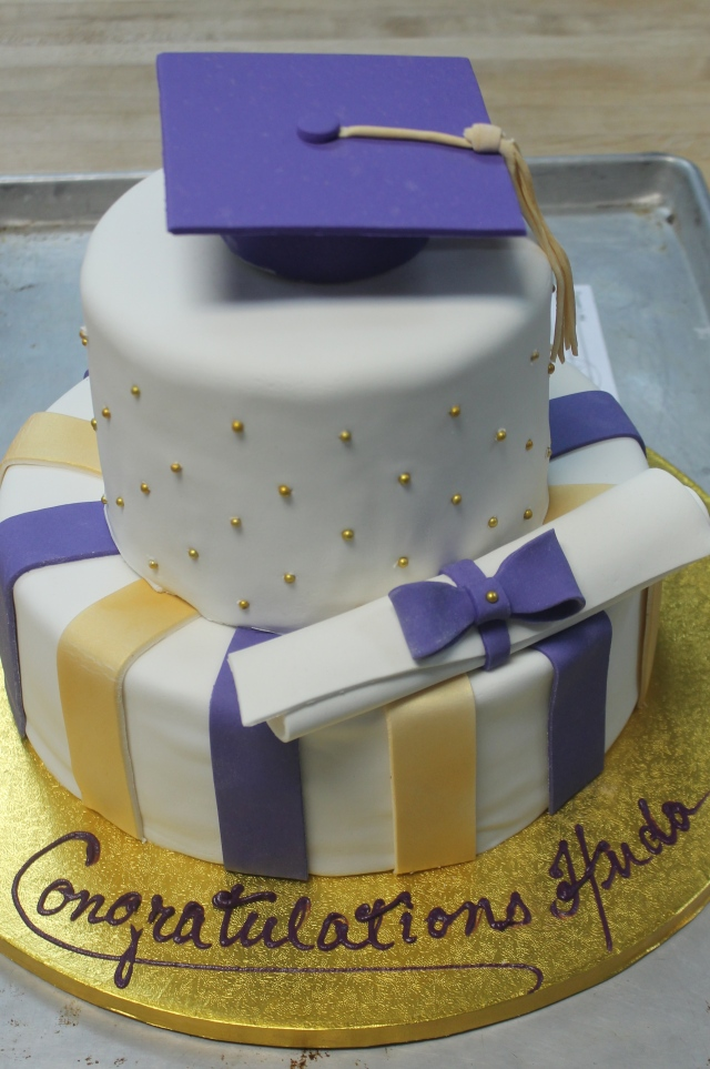 8984Grad cake #3 6-6-15