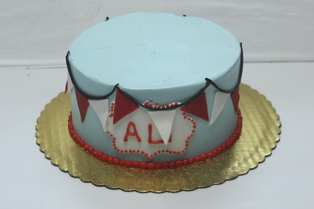 """6""""cake with pennants and name"""