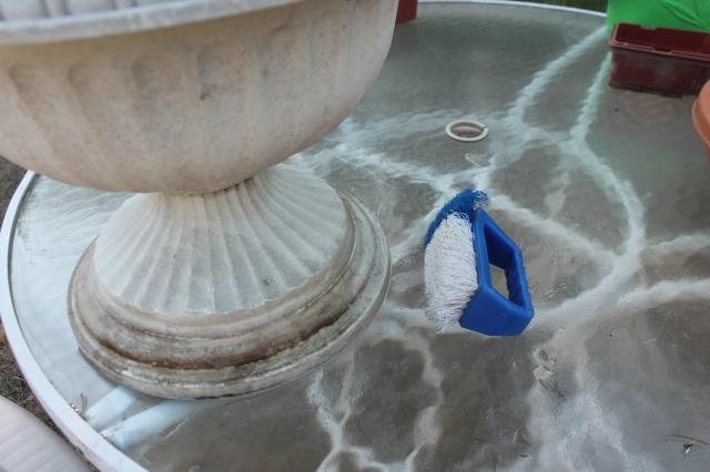 scrubbing pot