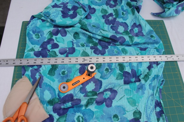 2. seperate skirt